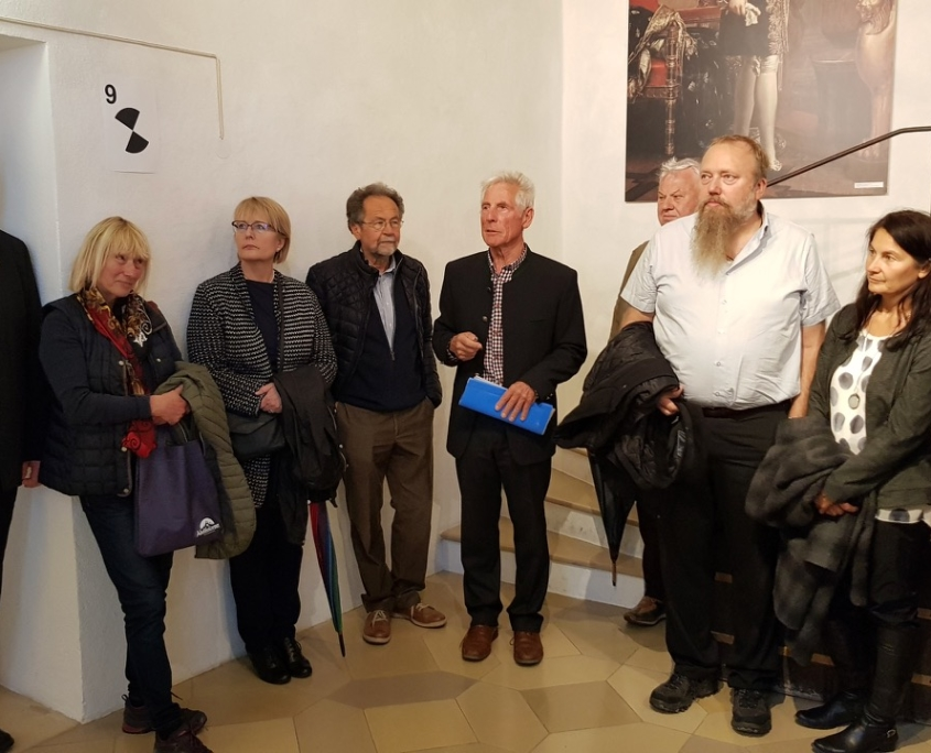 Dr. Helmut Wittmann (mitte), links: Landesvorsitzender des Bayernbundes Sebastian Friesinger, (rechts): stellvertretender Landesvorsitzender des Bayernbundes Christian Glas