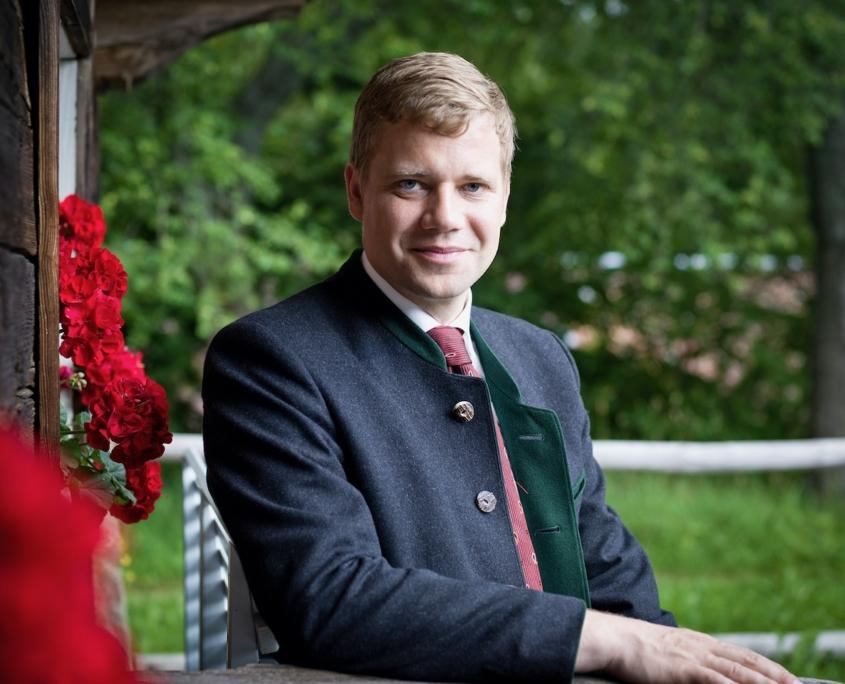 Dr. Olaf Heinrich ist seit 2013 Bezirkstagspräsident von Niederbayern und seit Juli 2020 Vorstandsvorsitzender des Landesvereins für Heimatpflege e.V.